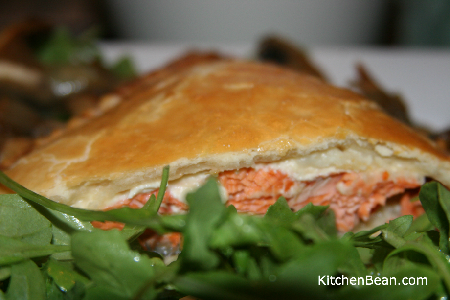 Salmon cooked in shortcrust pastry with mushroom sauce