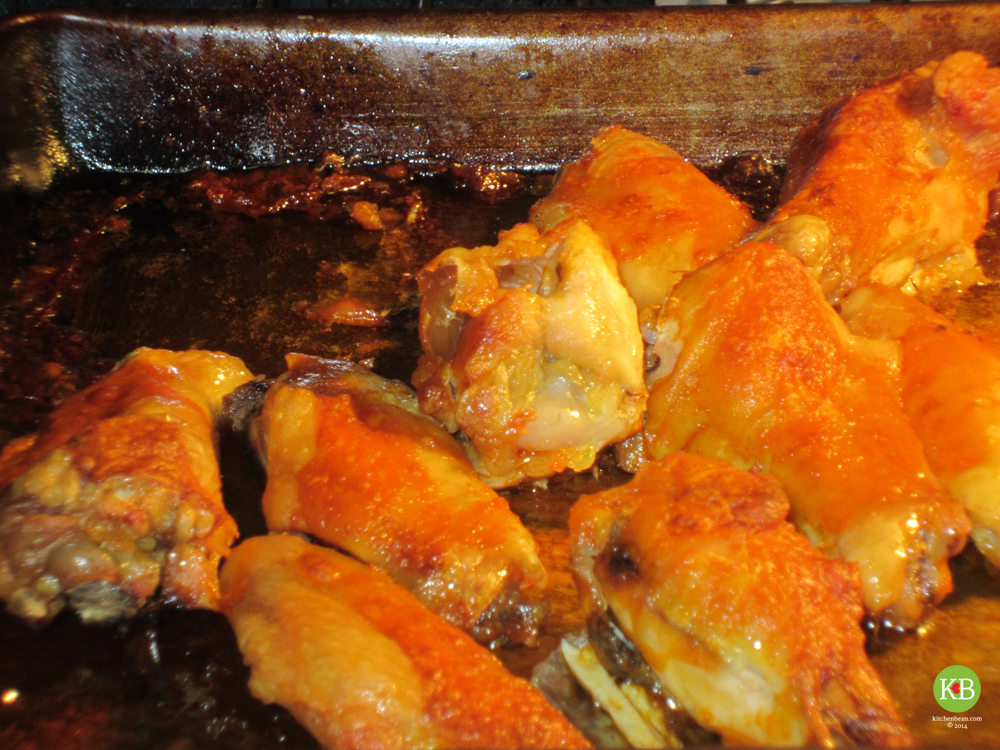 hot chilli chicken wings baked in the oven